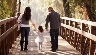 Dlaczego warto spacerować z dziećmi