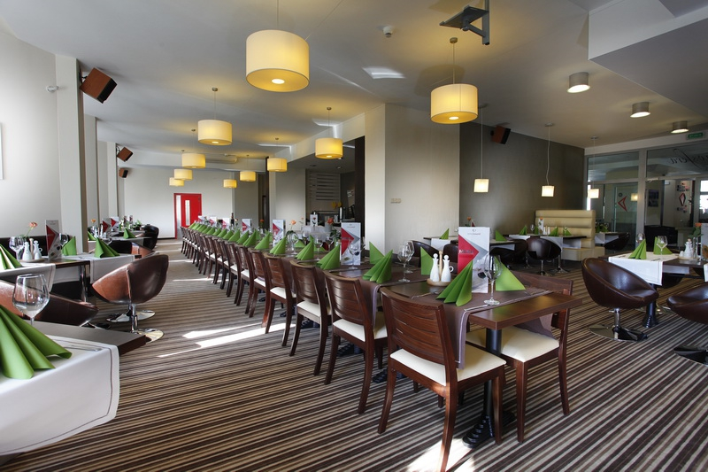 Spa & Wellness Hotel Diament Ustroń, Ustroń, Woj śląskie. Vista Mare Hotel. Albatros Garden Resort. Twin Lotus Hotel. Yunnan Bank Hotel. Marstrands Havshotell. Pomona Spa Cottages. Bukowy Park Hotel Medical Spa. The Green Golf Residence